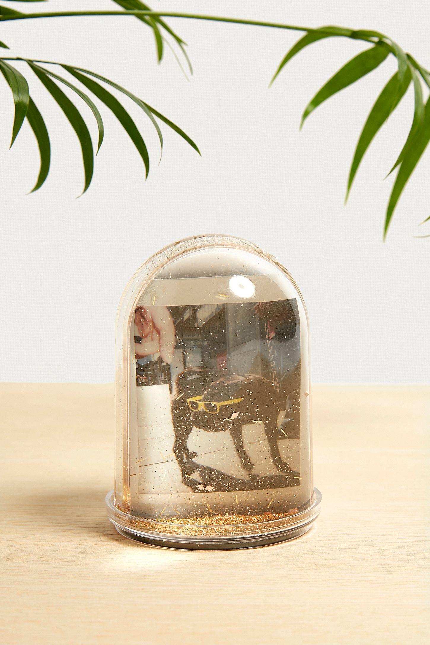 Glitzernder Schneekugel-Rahmen in Gold für Mini-Instax-Fotos | Urban ...