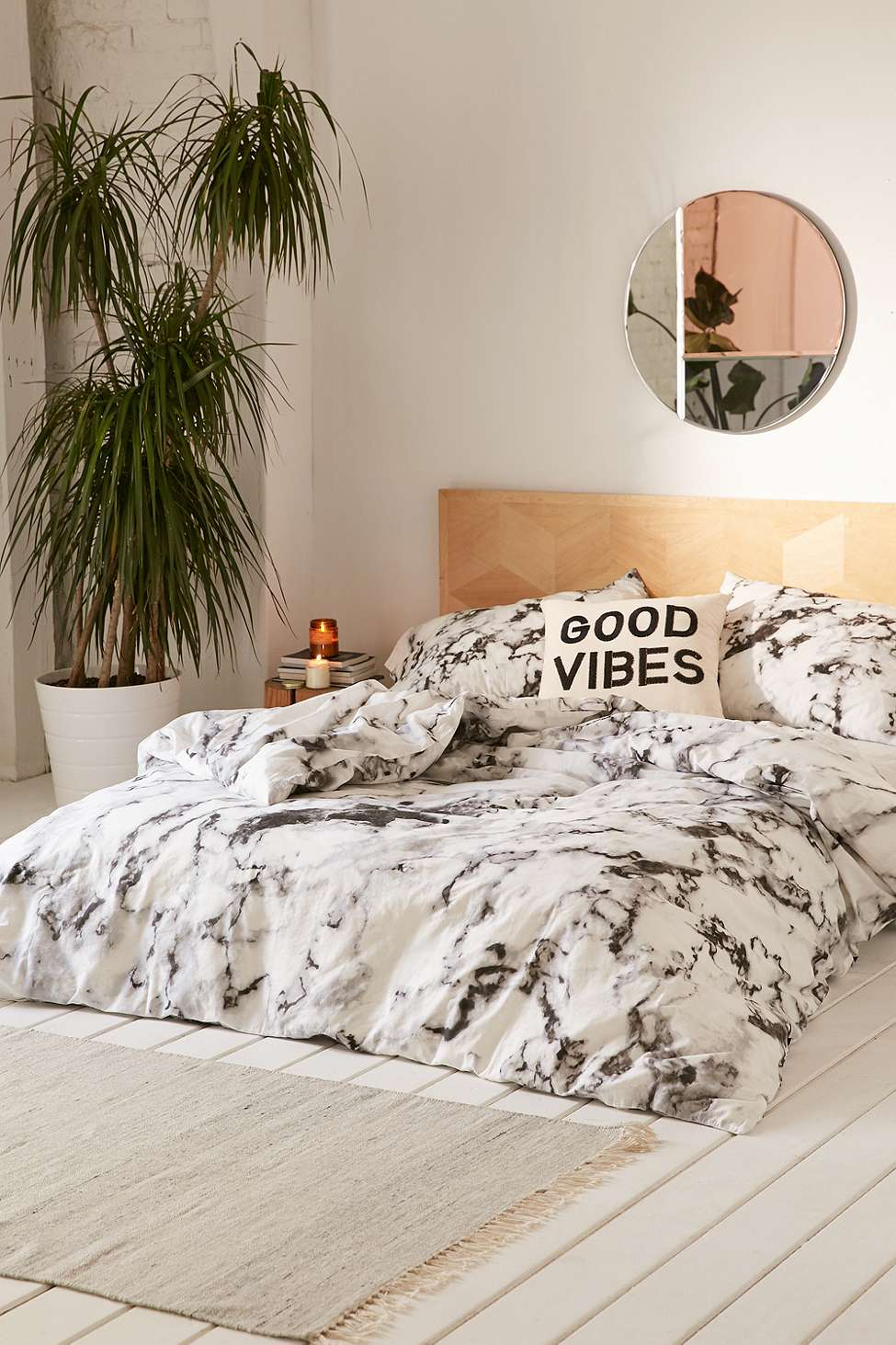 Marble Print Duvet Cover Set | Urban Outfitters