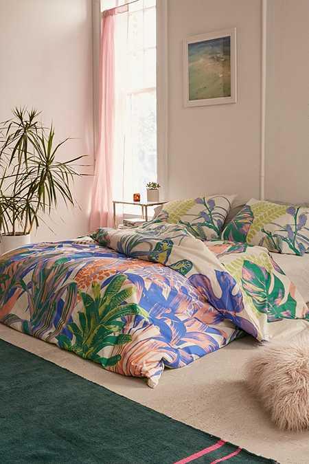 Bedding Bed Sets Sheets Duvets Amp Tapestry Urban