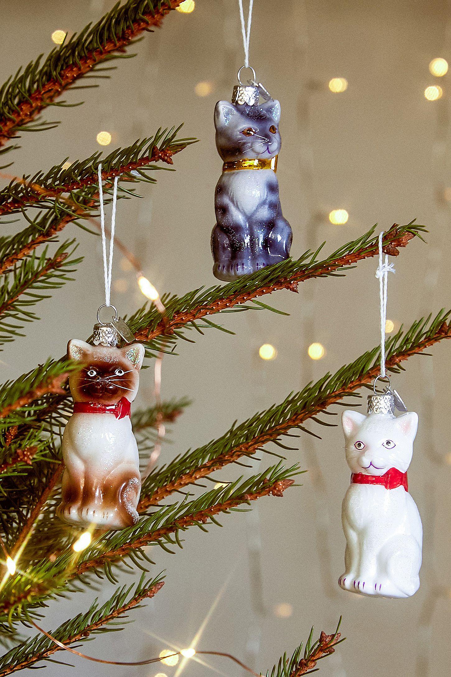 Weihnachtsschmuck im Glaskatzendesign | Urban Outfitters DE