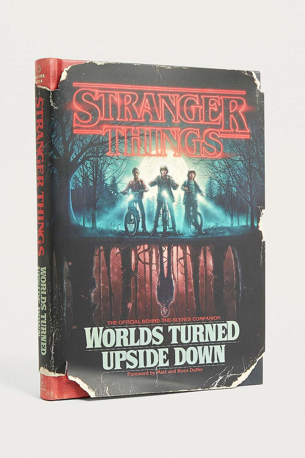 Slide View: 1: Stranger Things: Worlds Turned Upside Down: The Official Behind-the-Scenes Companion parGina McIntyre