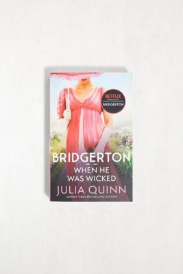 When He Was Wicked: Bridgerton Book 6 par Julia Quinn - Urban Outfitters - Modalova