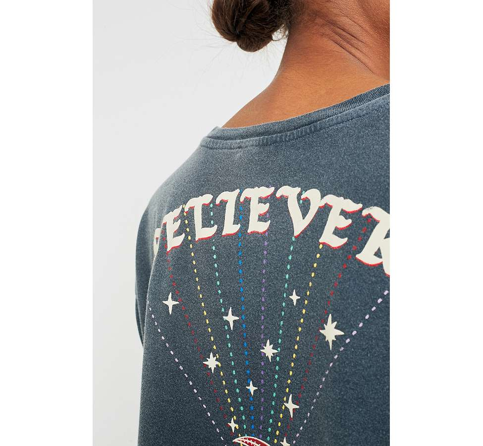 Slide View: 5: BDG Embroidered Believer Cropped T-Shirt