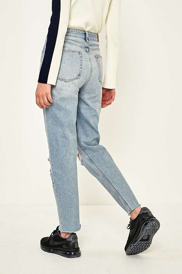 BDG Mom Light Wash Destroyed Jeans | Urban Outfitters