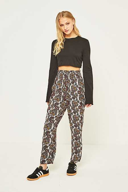 Staring at Stars Paisley Crinkle Tapered Trousers