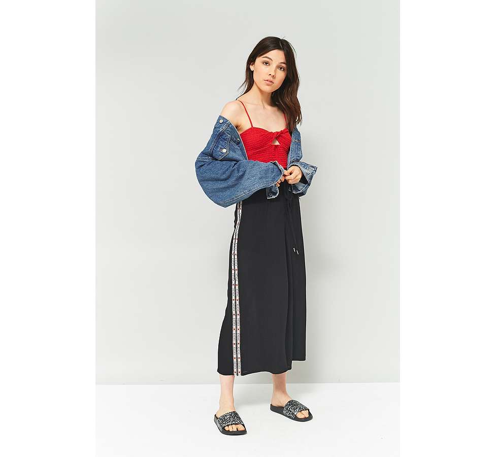 Slide View: 5: Staring At Stars Embroidered Side Culottes