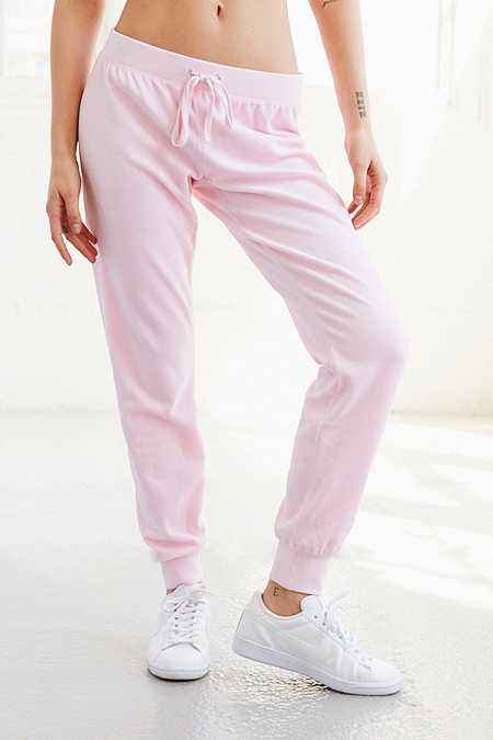 Slide View: 2: Juicy Couture – High-Rise-Trainingshose aus Velours in Rosa mit Strasslogo