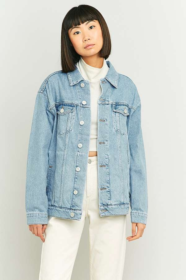 BDG Embroidered Bird Light Blue Denim Jacket | Urban Outfitters