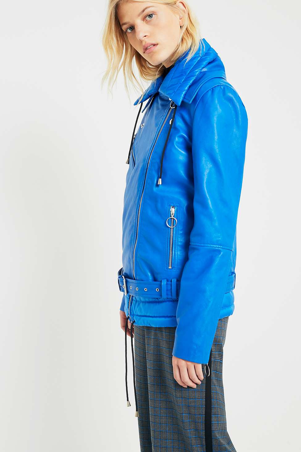 Gestuz Ezra Blue Leather Puffer Jacket | Urban Outfitters