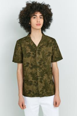 Billede af Native Youth Aldeburgh Printed Olive Short-Sleeve Shirt - Mens XL