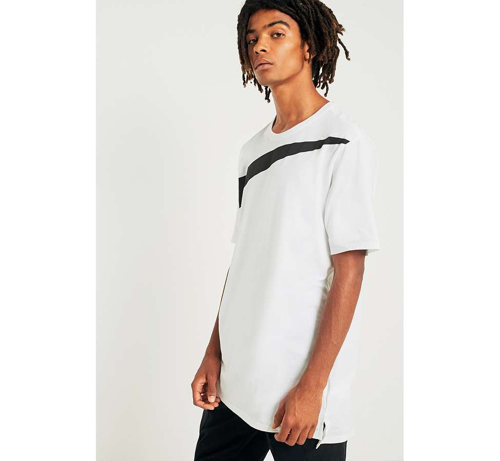 Slide View: 4: Nike Oversize Swoosh White T-shirt