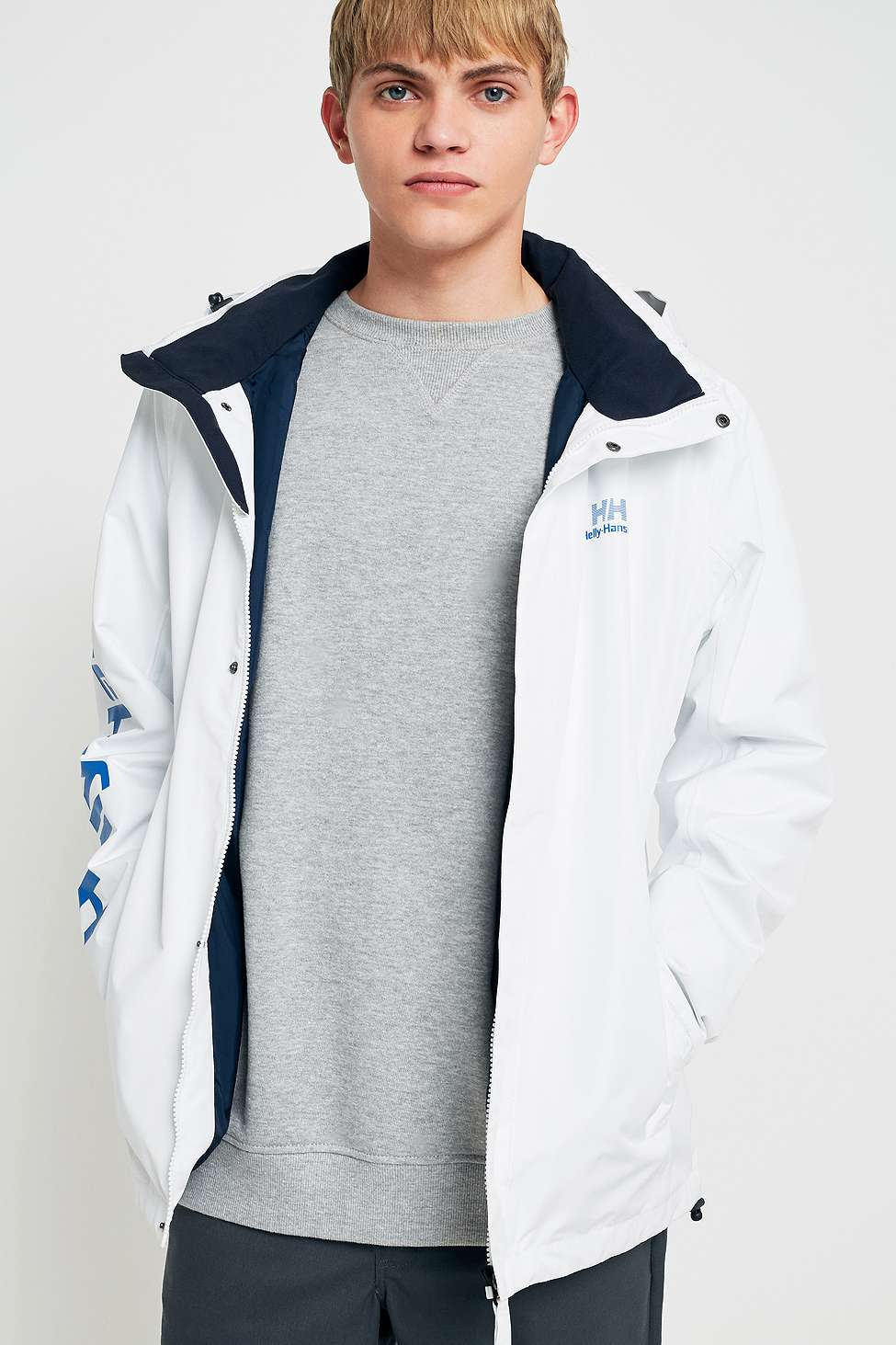 Helly Hansen White Crew Parka Jacket | Urban Outfitters
