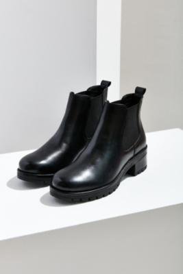Urban Outfitters - Maci Chelsea Boots, Black