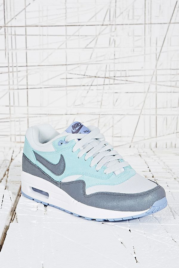 9eb5661b7d ... coupon code for nike air max 1 trainers in pale blue a798b 49a41