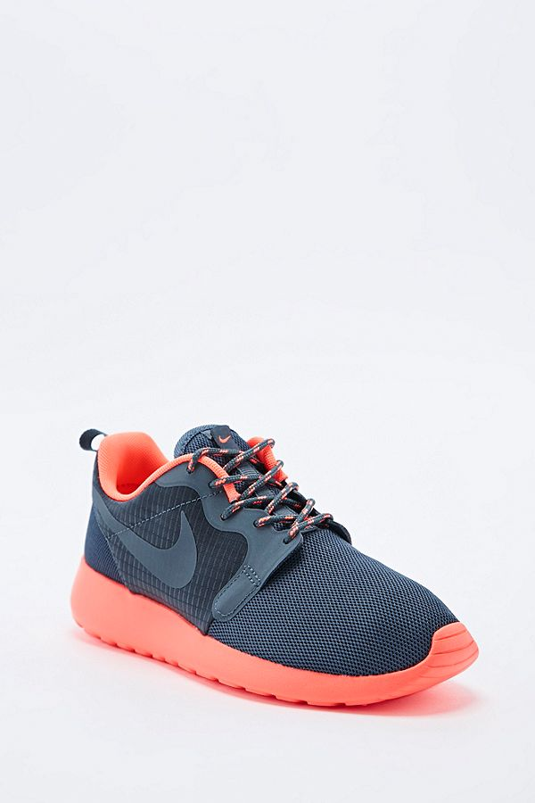 best website fdedc be590 ... australia nike roshe run trainers in grey and coral 83e8d c4a79