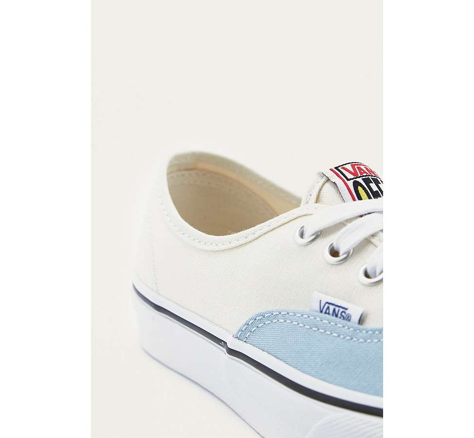 Slide View: 3: Vans & UO - Baskets Authentic style color block