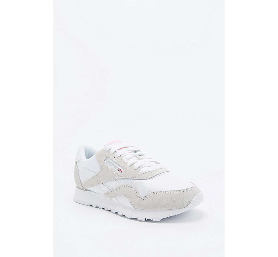Slide View: 1: Reebok Classic White and Grey Nylon Trainers