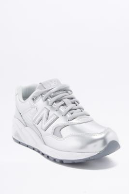 New Balance 580 Metallic Silver Trainers SILVER