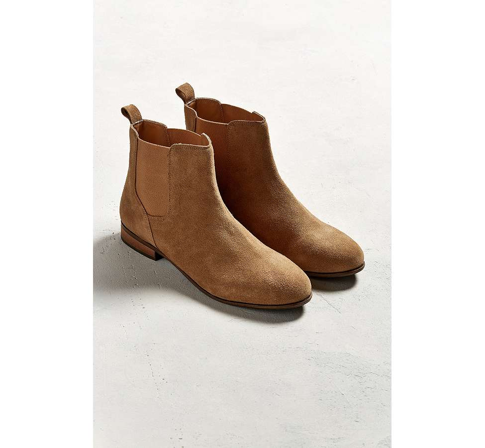 Slide View: 2: UO - Bottines Chelsea en daim marron clair