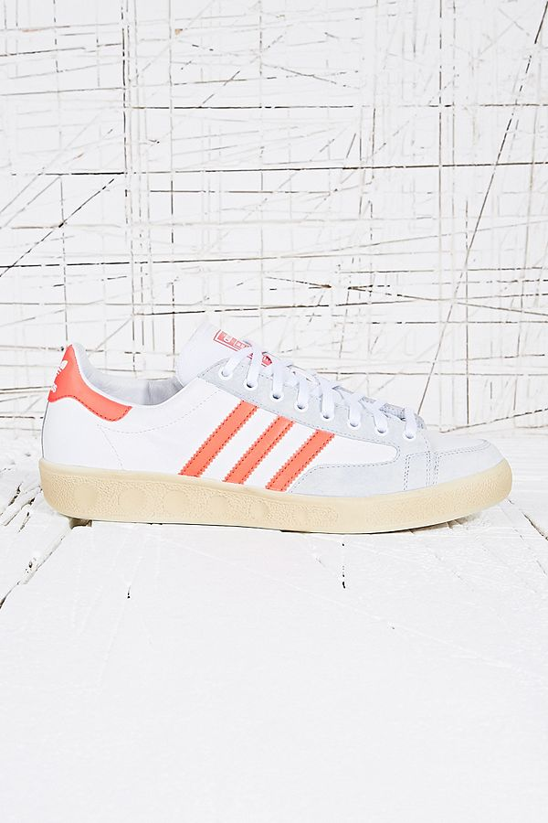 Urban Outfitters Master Vin Natase FR Baskets Adidas rougeblanc w7gqXX