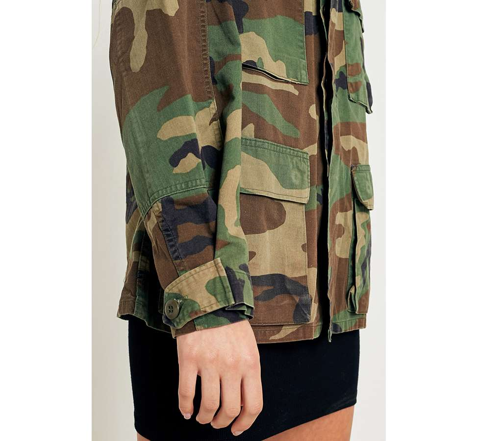 Slide View: 3: Urban Renewal Vintage Originals Camo Jacket