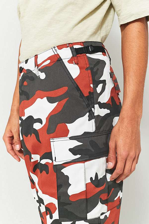 Urban Renewal Vintage Surplus Rothco Red Camo Shorts | Urban ...