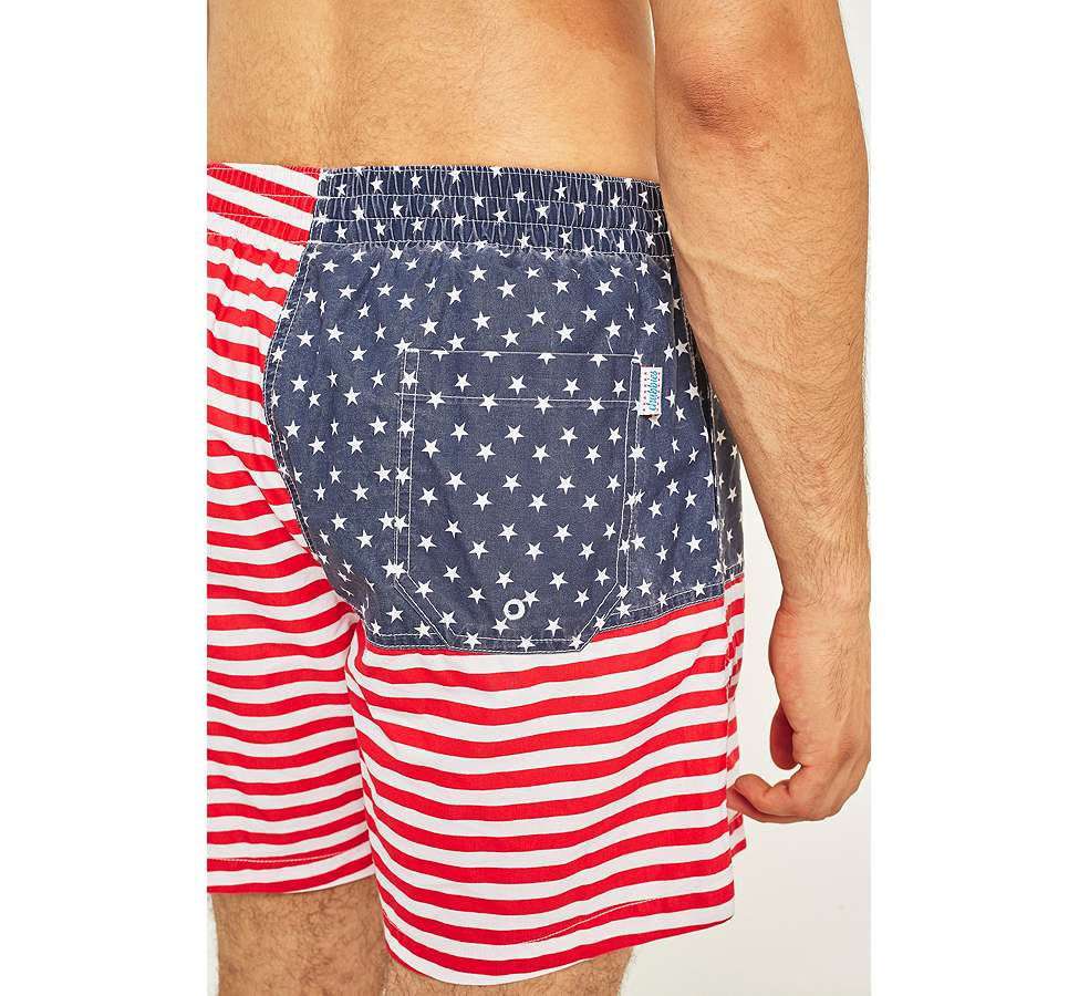 Slide View: 6: Urban Renewal - Short de bain Chubbies à motif drapeau américain
