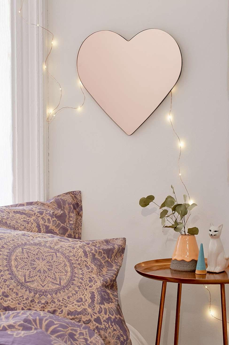 Slide View: 1: Miroir en forme de cœur