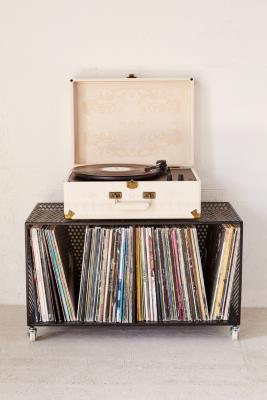 crosley-x-uo-av-room-embossed-portable-usb-vinyl-record-player