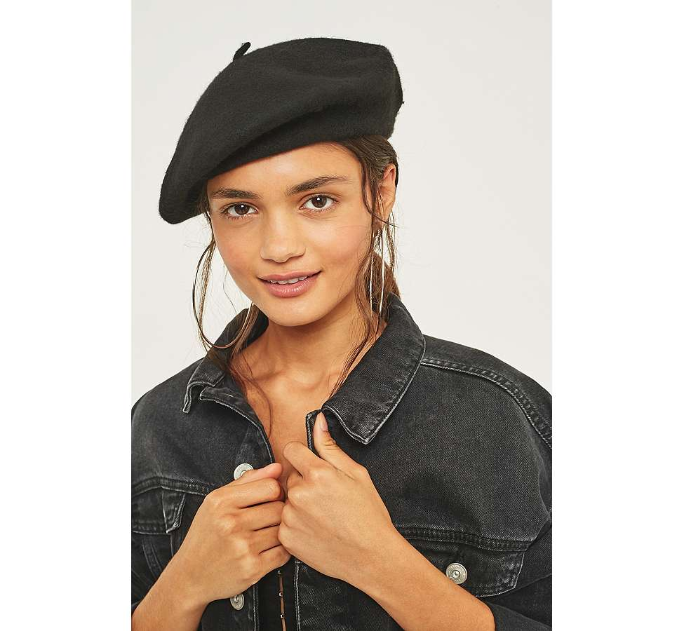 Slide View: 3: Wool Beret