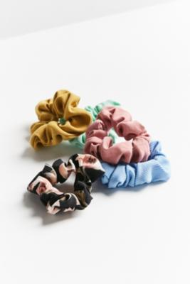 Urban Outfitters - Days Of The Week Scrunchie Set, Blue