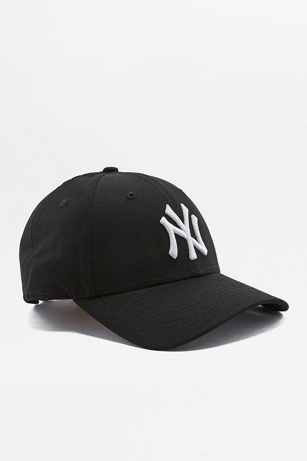 Slide View  2  New Era 9FORTY NY Yankees Black Cap 6434da94547