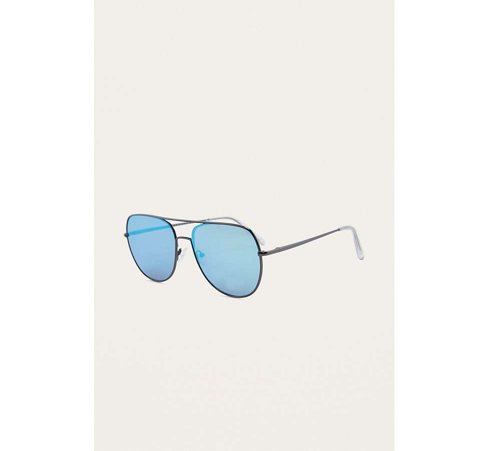 Slide View: 1: Quay Living Large Blue Lens Sunglasses
